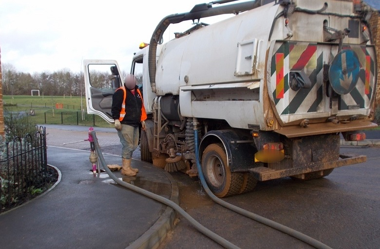 Thames Water recovered thousands from illegal connections