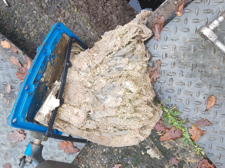 A 5kg clump of wet wipes was pulled from a pumping station in Essex